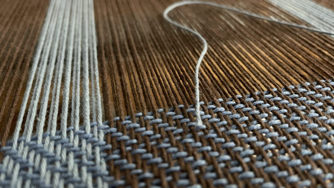 how to replace a warp yarn